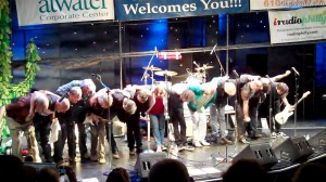 famous-philadelphia-musicians-take-a-bow (4)